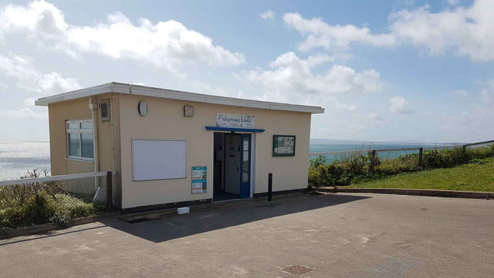 <b>fishermans-walk-beach-gallery6.jpg</b> <br/> Built in 1935 and at the Top of the cliff at the entrance to Fisherman's Walk Cliff Lift linking the beach to the cliff top cafe.