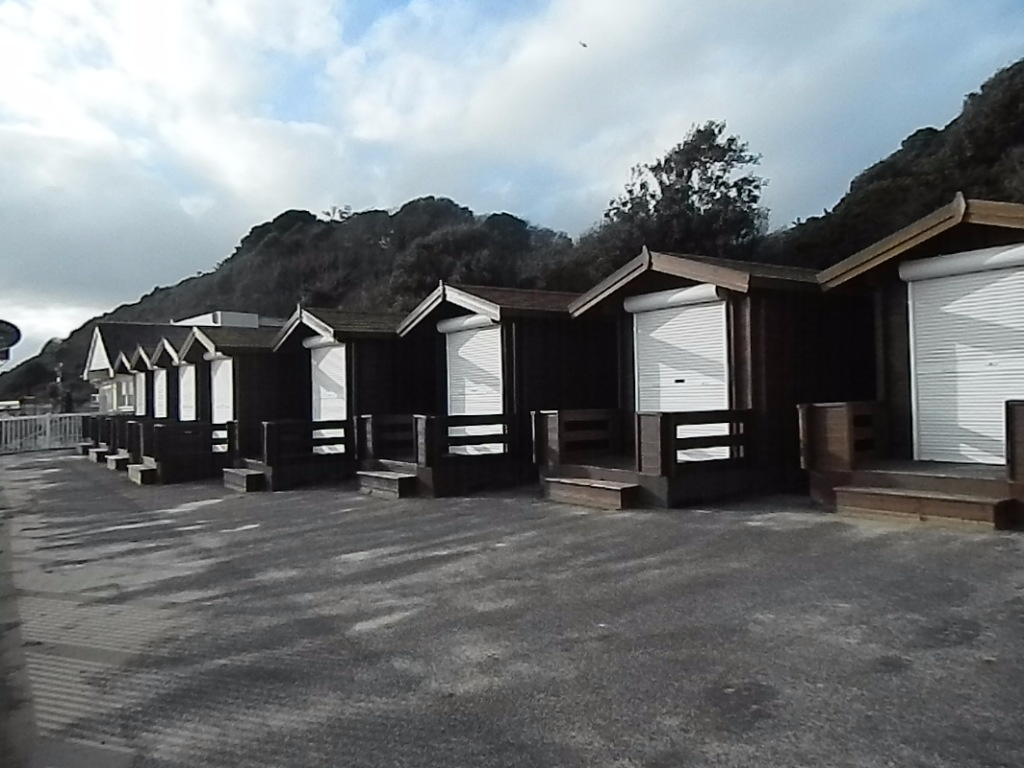 <b>durley-chine-beach-superhuts3.jpg</b> <br/> More new Super Beach Huts in Durley Chine