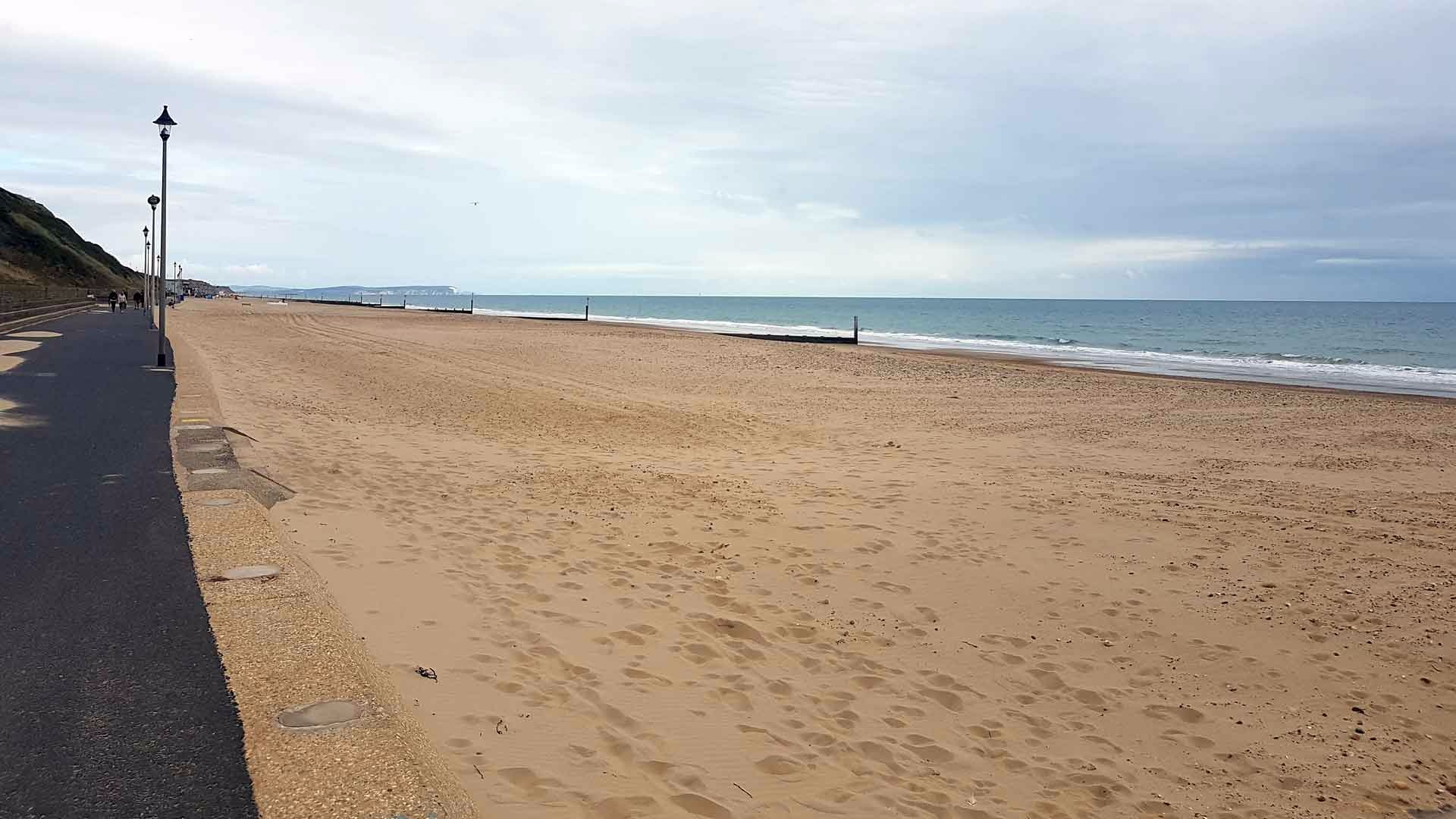 <b>southbourne-on-sea-gallery1.jpg</b> <br/> Promenade from Fishermans Walk Beach Area down to Southbourne with the rails removed